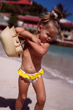 Kids bottom Jeanne Lemon